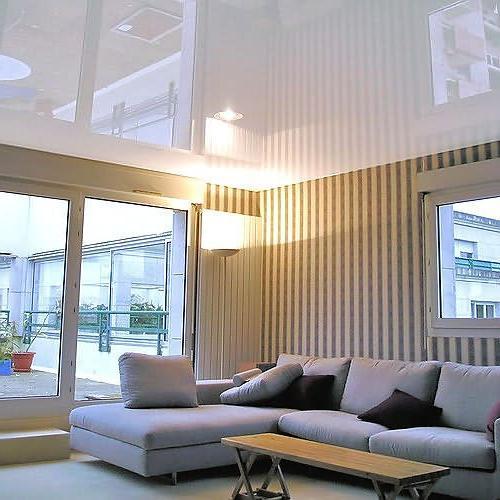 Как зрительно увеличить высоту потолка
