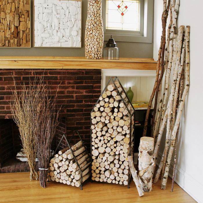 Хранение дров в квартире: выбираем удачное место