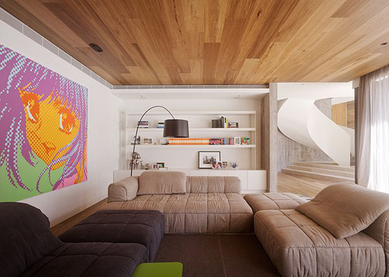 Декоративная отделка стен деревом