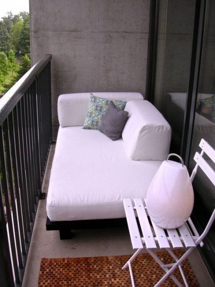 Пусть маленький, зато балкон