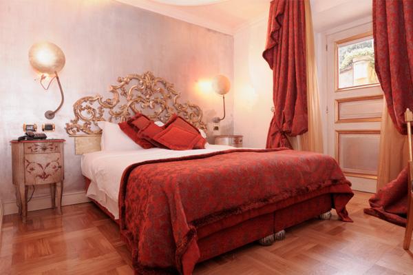 Спальня для влюбленных в красных тонах