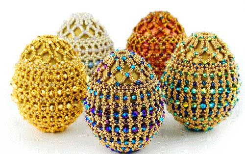 Оригинальный подарок на Пасху: яйца из бисера