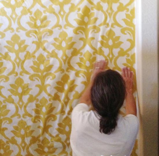 Драпировка и обивка стен тканью: королевский шик на новый лад