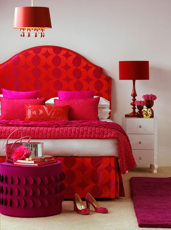 Красная спальня: особенности дизайна