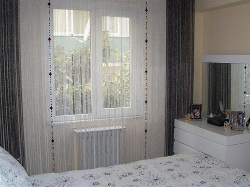 Нитяные шторы в интерьере: хорошо забытое старое