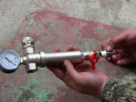 Какой фильтр грубой очистки воды лучше выбрать и как его установить