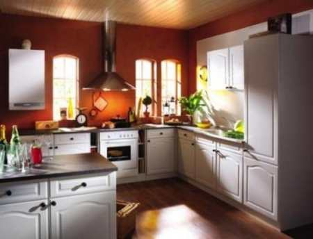 Не так страшен агрегат, как его малюют: секреты эстетичного дизайна кухни с газовой колонкой
