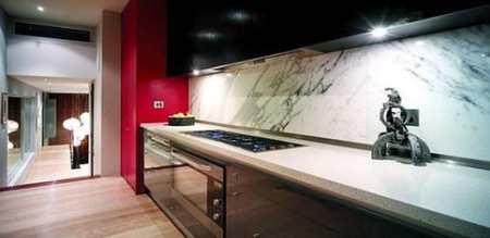Каким должен быть дизайн вытянутой кухни – общие рекомендации, полезные советы