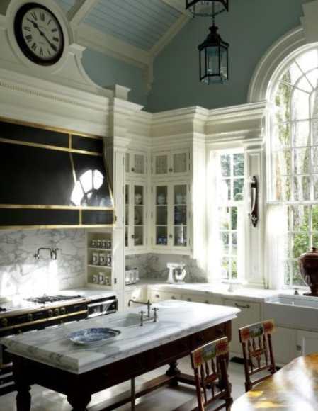 Каменная сказка: как применить природный камень в интерьере кухни