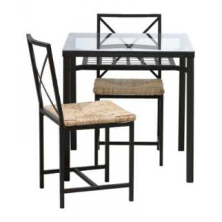 Обеденные хитрости: компактные кухонные столы для маленькой кухни