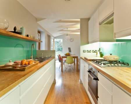 Как создать удобный интерьер прямоугольной кухни