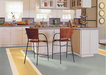 Что лучше подойдет для кухни - плитка или линолеум