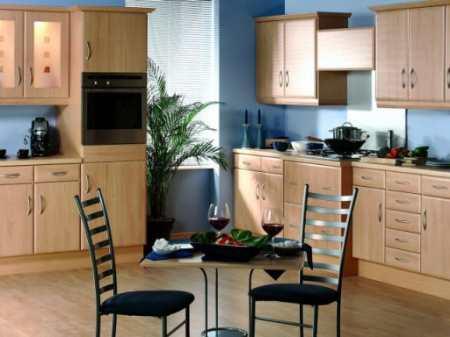 В погоне за радугой: какой цвет обоев выбрать для кухни