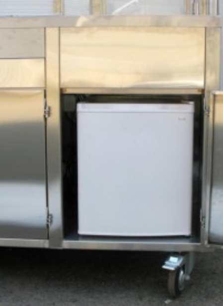 Холодильник на кухне: выбор, дизайн, монтаж, обслуживание