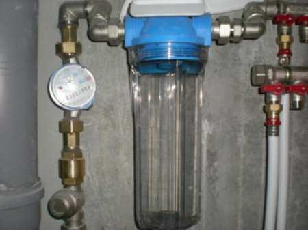 Как выбрать магистральный фильтр для воды и самостоятельно его установить