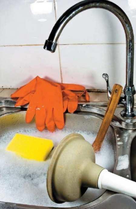 Как прочистить раковину на кухне: способы, которые работают